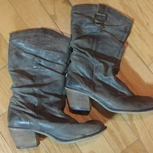 Steve Madden heeled leather boots